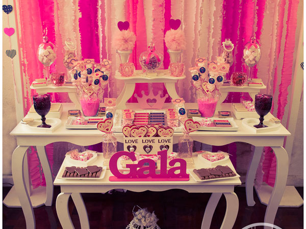 Decoraciones tamaticas y candy bar decoracion tematica de for Decoracion para mesa dulce